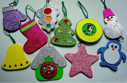 Новогодние игрушки из фоамирана с глиттером